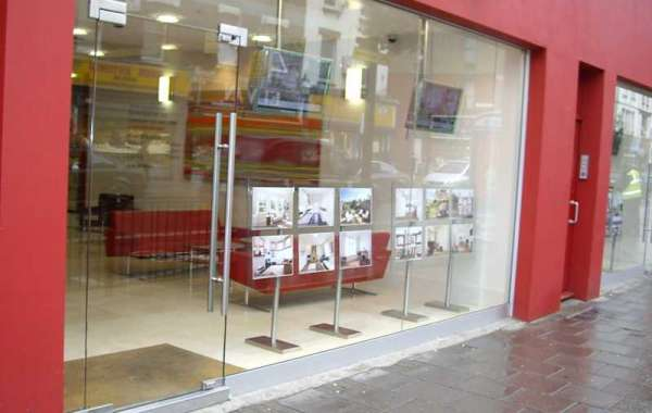 Is it the time to replace your shop front-try out the glass shop front this time