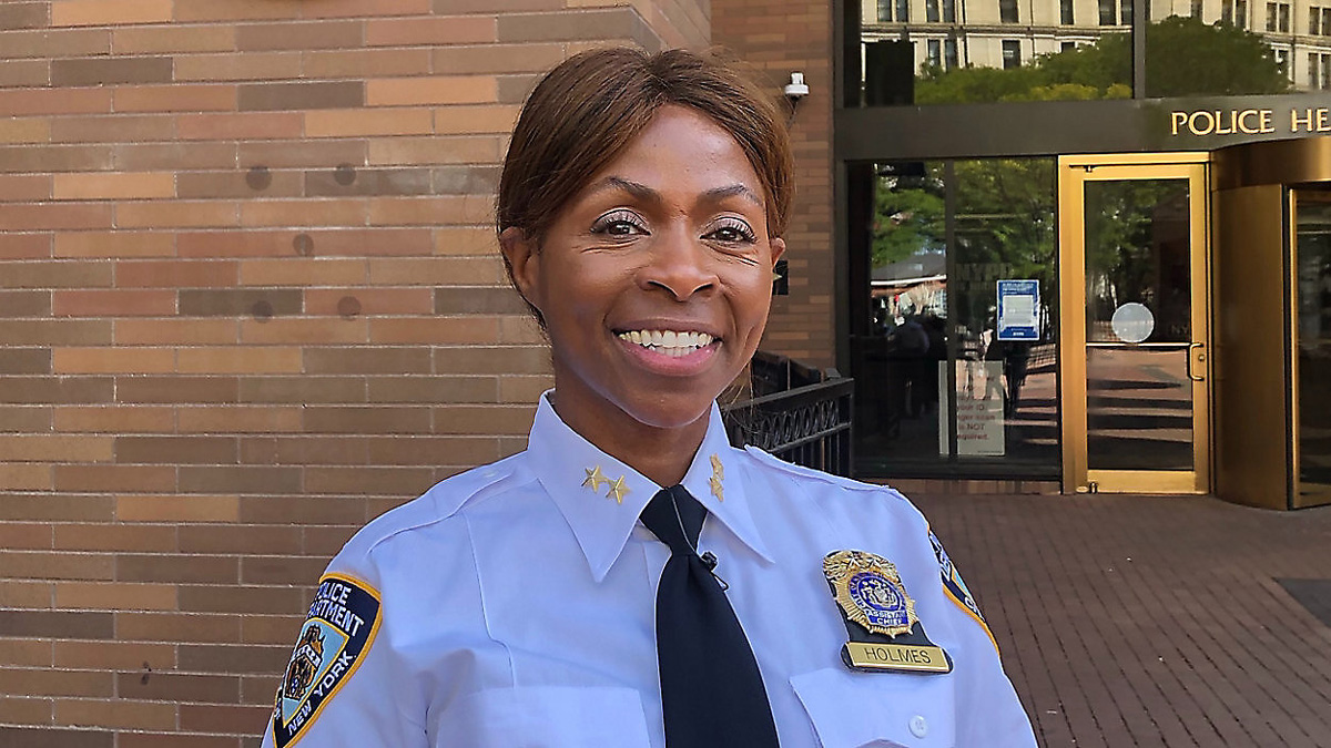 Juanita Holmes Named as NYPD's First Female Chief of Patrol - Black Main Street